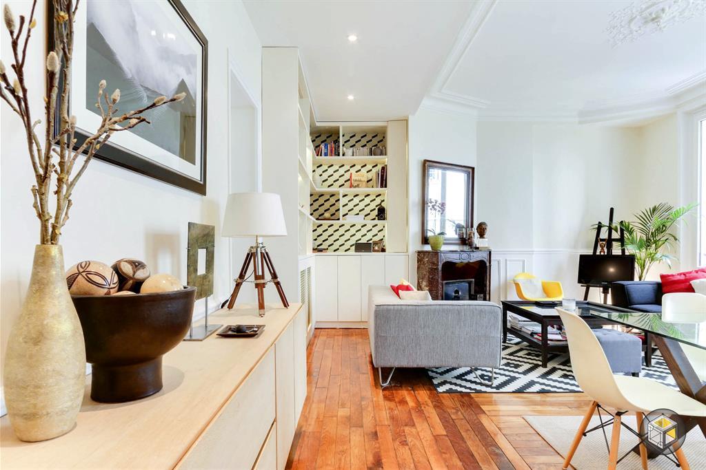 Pi ce vivre avec m lange de styles pour un look contemporain for Architecture a vivre