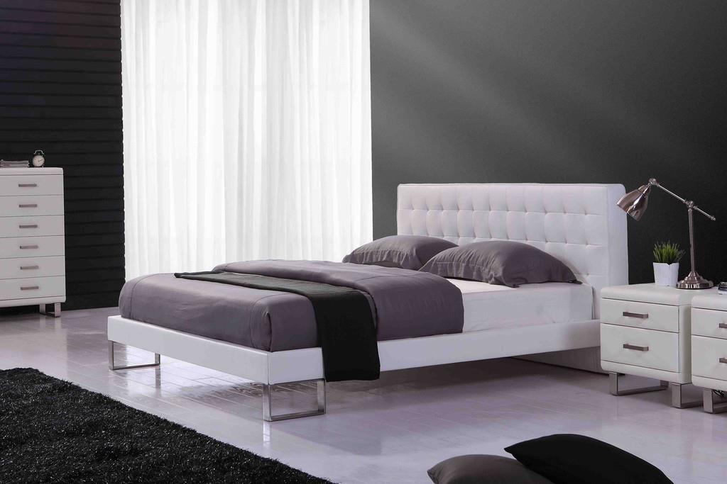Chambre avec lit ancona en cuir blanc lits design cugini klet - Lit design cuir blanc ...
