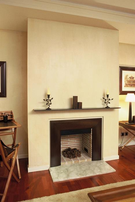 encadrement de chemine great faade encadrement chemine. Black Bedroom Furniture Sets. Home Design Ideas