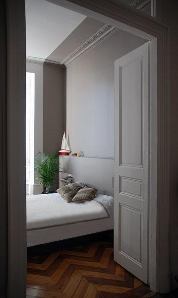 appartement haussmannien. Black Bedroom Furniture Sets. Home Design Ideas
