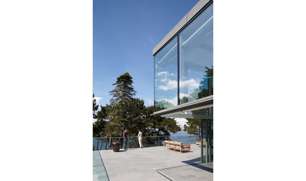 Terrasse b ton avec porte faux vitr e tania urvois for Porte terrasse
