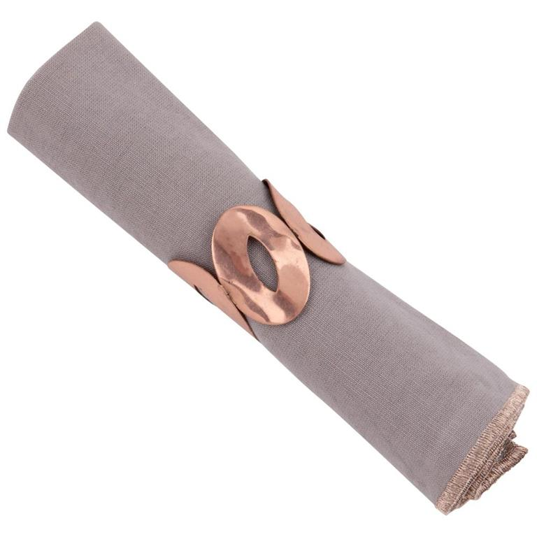 Serviette en coton gris et rond de serviette doré 40x40