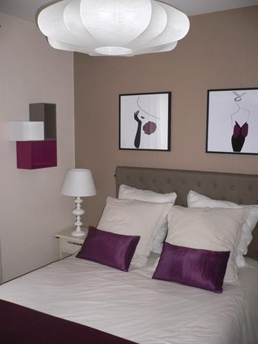 chambre moderne couleurs lin et violet sonia home d co. Black Bedroom Furniture Sets. Home Design Ideas