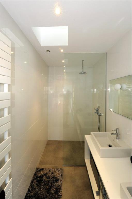 Salle de bain lumineuse Cubik Architecture photo n°23