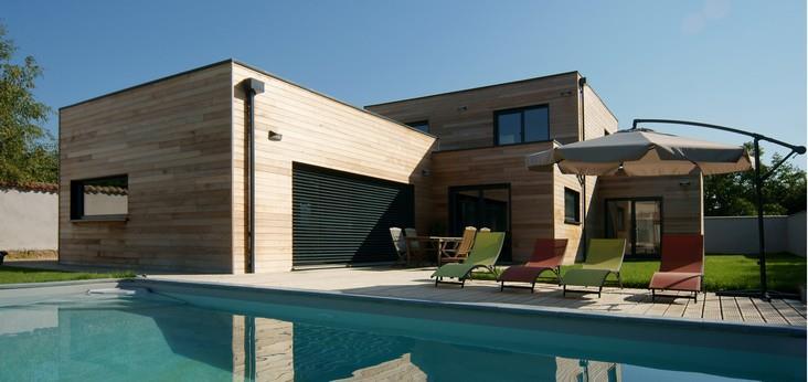 Villa Contemporaine Avec Terrasse Et Piscine Reseau La Mosaique