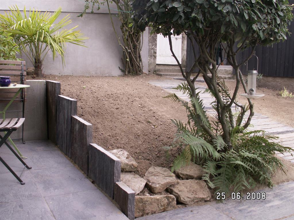 Free Jardin Avec Arbustes With Mur D Ardoise Interieur Conception Impressionnante