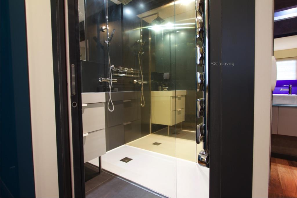 un appartement connect. Black Bedroom Furniture Sets. Home Design Ideas