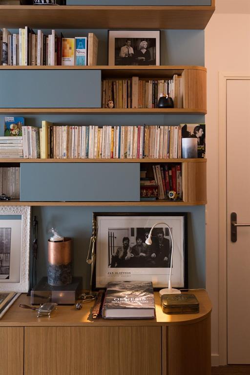 Bibliothèque et buffet à galbe