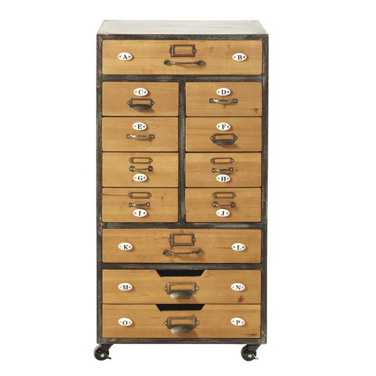Vous recherchez du pratique et de l'esthétique ? Alors jetez un il au meuble de rangement 12 tiroirs à roulettes HAROLD . Si vous appréciez le style industriel, le mélange ...