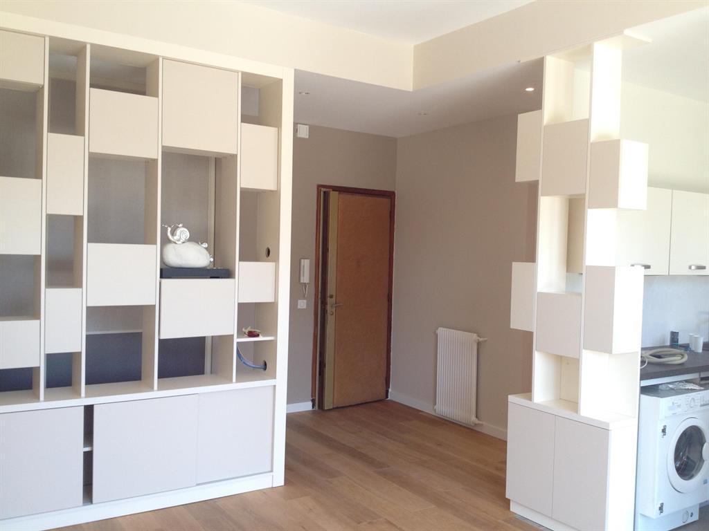 appartement moderne nice. Black Bedroom Furniture Sets. Home Design Ideas