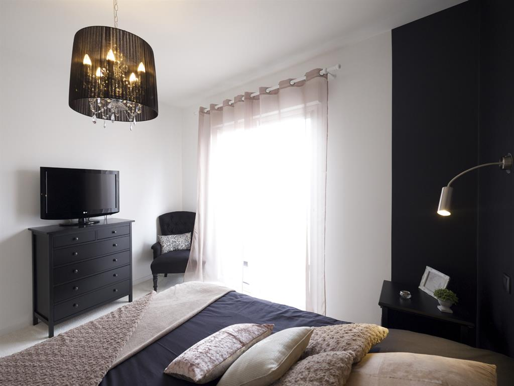 la chambre parentale cosy et glamour esprits d 39 int rieurs. Black Bedroom Furniture Sets. Home Design Ideas