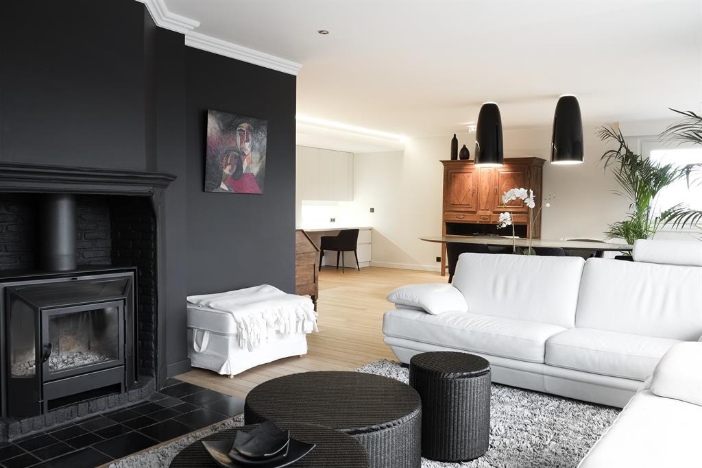 conseils et astuces pour r ussir le noir dans sa d co par. Black Bedroom Furniture Sets. Home Design Ideas