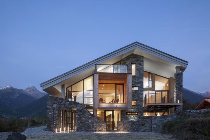 Projet de chalet contemporain r alis par concrete lcda - La maison wicklow hills par odos architects ...