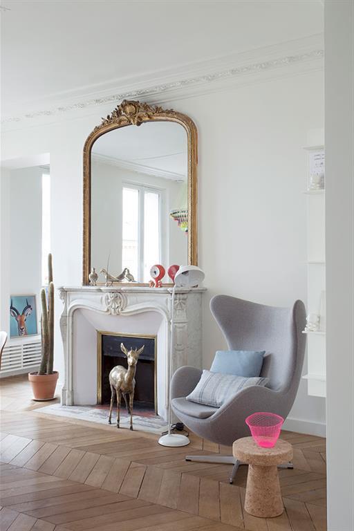 Séjour d\'un appartement Haussmannien à Paris desiron lizen