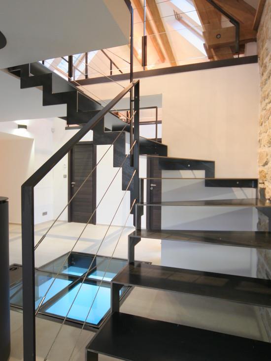 escalier m tal sculptural esprit loft jean charles le lay. Black Bedroom Furniture Sets. Home Design Ideas