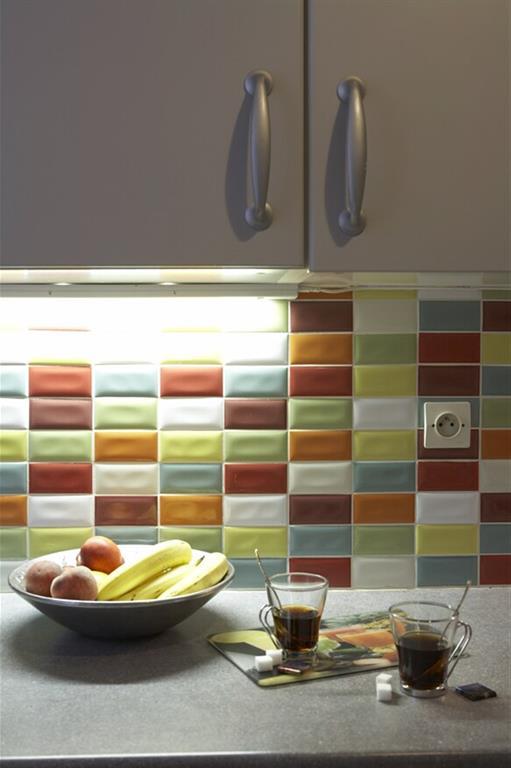 Crédence multicolore pour donner du pep's à la cuisine