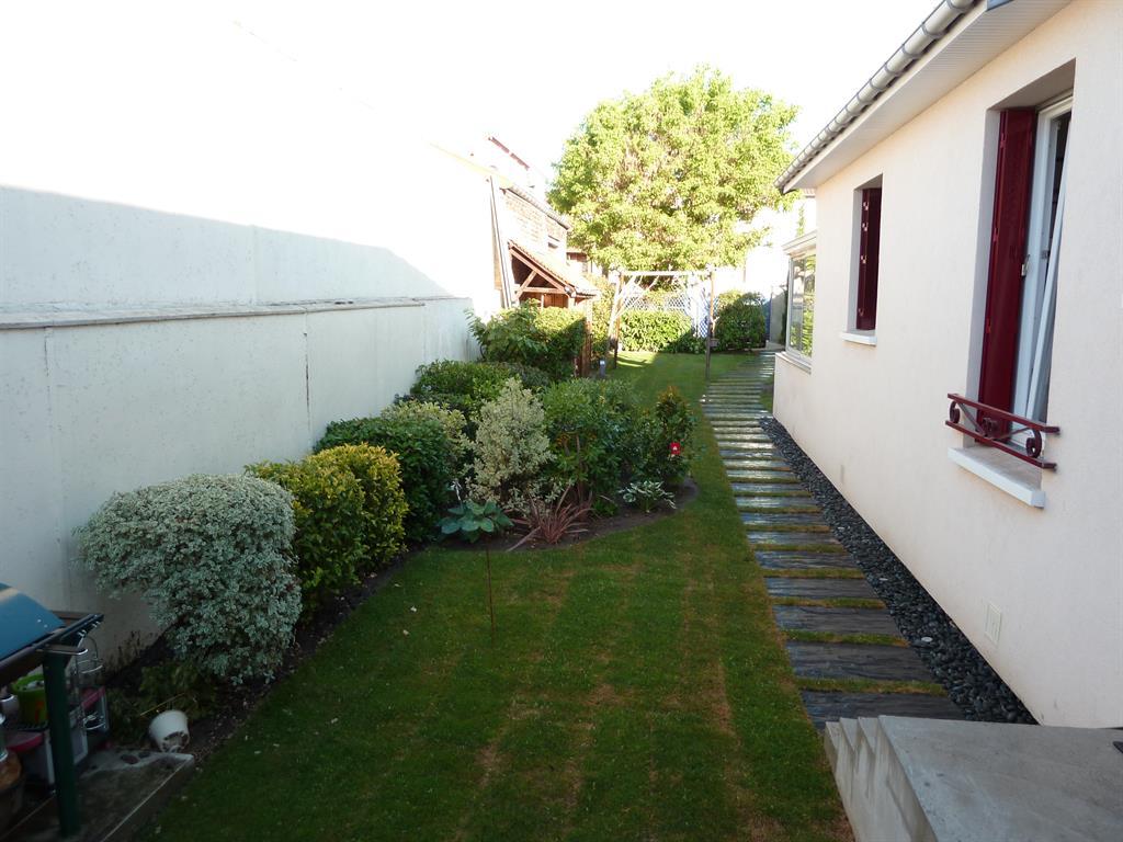 elegant scnes duextrieur chemin en dalles duardoise with dalle d ardoise jardin - Dalle D Ardoise Jardin
