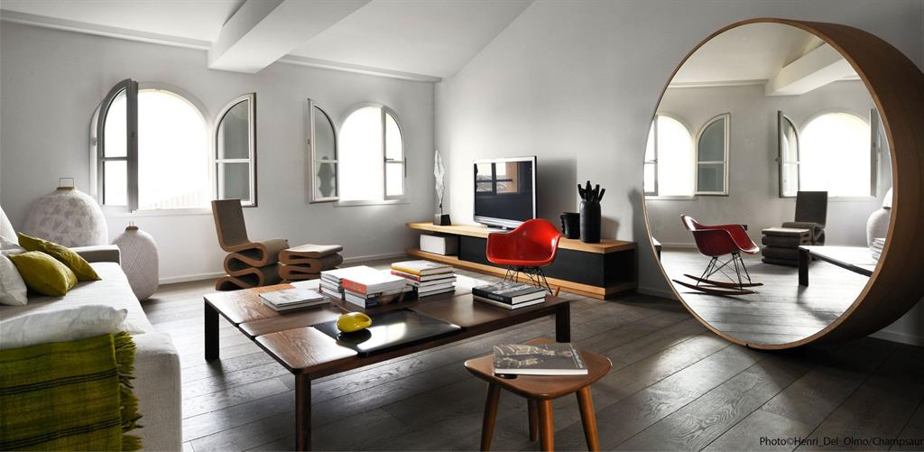 Image Salon lumineux au mobilier design