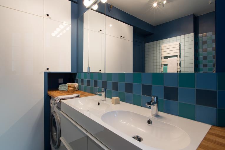 Salle d 39 eau archipelles photo n 99 domozoom - Difference salle d eau salle de bain ...