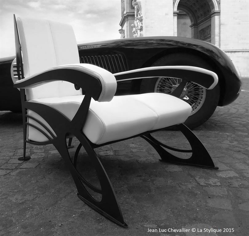 Ce fauteuil design