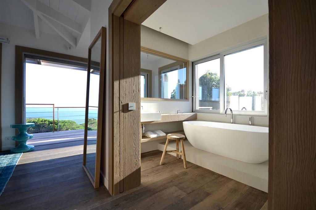 l agence d architecture d int rieur alain dominique gallizia a utilis dans le cadre de l am nagemen. Black Bedroom Furniture Sets. Home Design Ideas