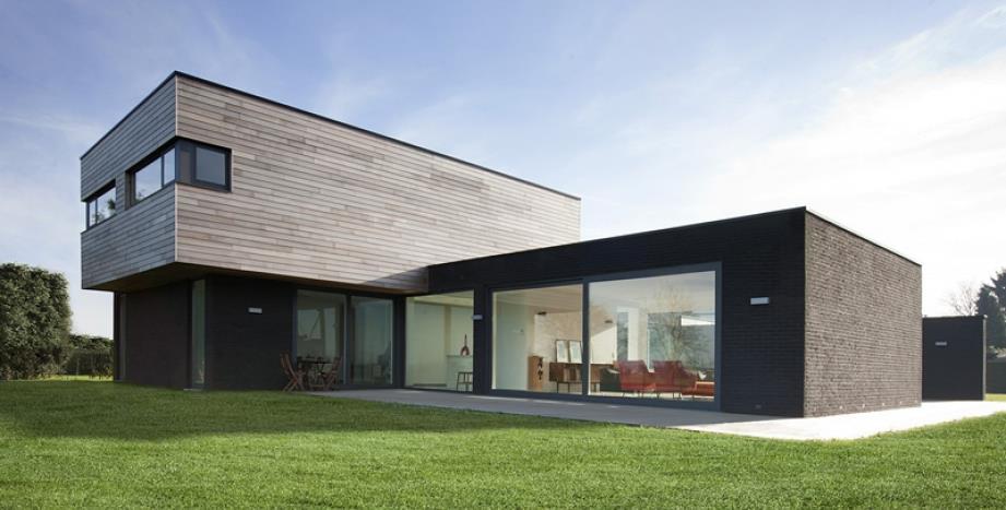 Maison contemporaine sur deux niveaux ossature bois for Image maison contemporaine