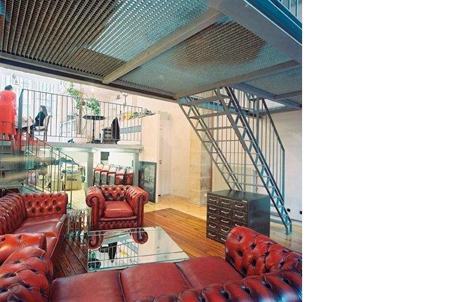 Loft industriel les cl s d 39 une d coration comme l 39 usine par mar - Construction d un loft ...