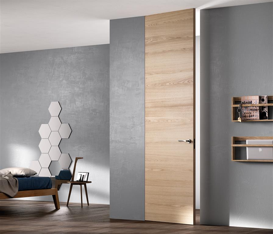 Image Chambre avec murs béton et porte en bois