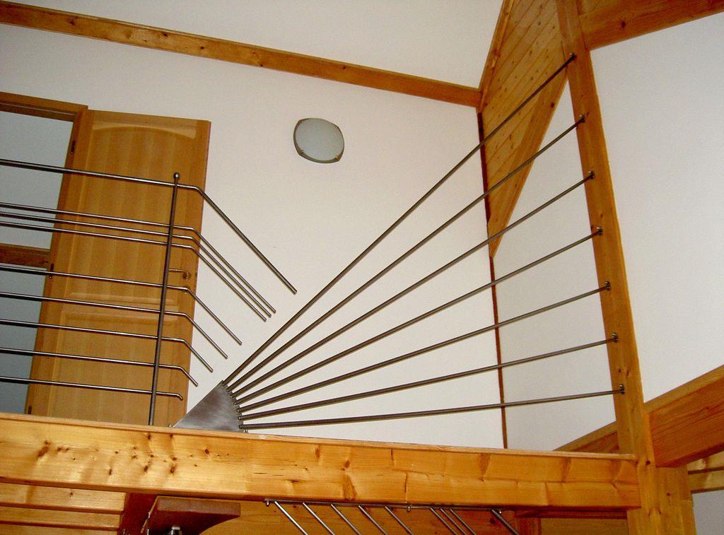 D tails d 39 un garde corps en fer pour une mezzanine dans maison bois - Garde corps pour mezzanine ...