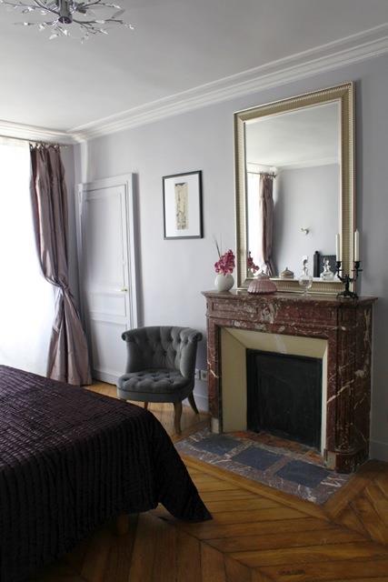Une chambre à coucher parisienne - domozoom.com
