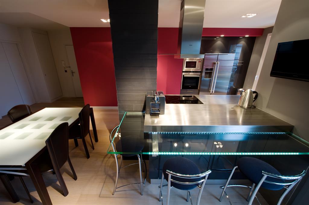Decoration Snack Moderne | Des Idées Pour Le Style De Maison Moderne ...