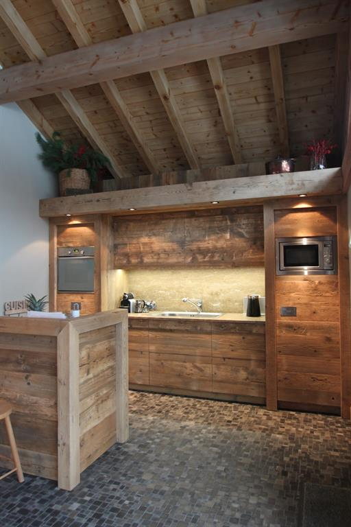 Cuisine Chalet. Simple A And Functional Kitchen More Photos Ue ...