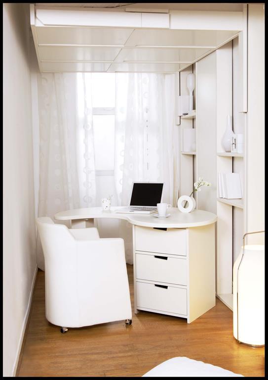 Petits espaces for Lit bureau escamotable