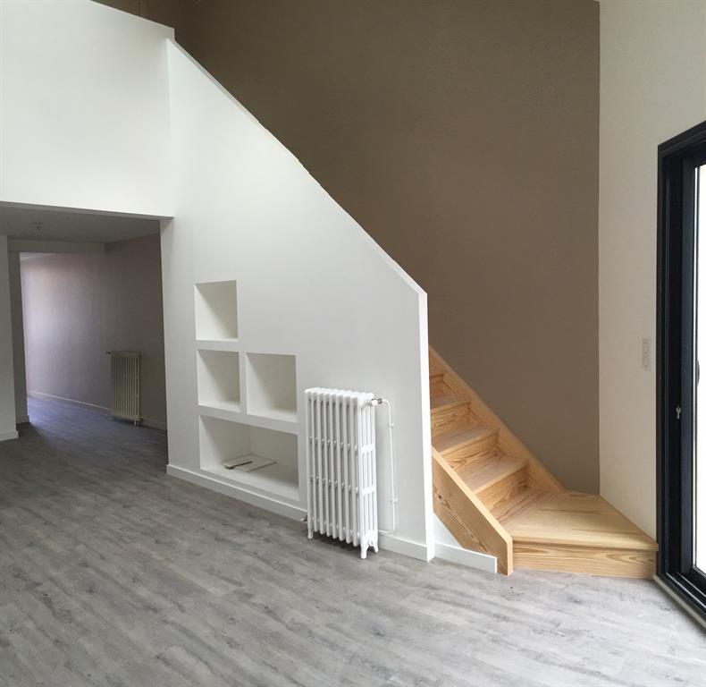 Niches et rambarde de l 39 escalier cabinet d 39 architecture for Rambarde escalier design