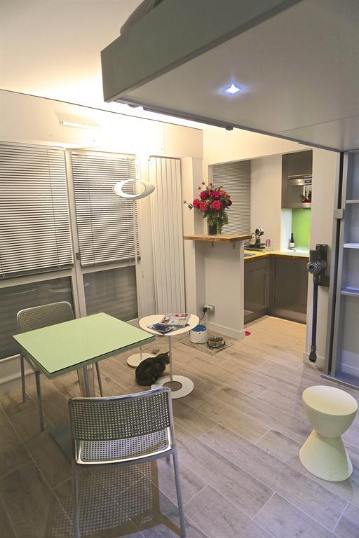 Studio modulable avec lit escamotable