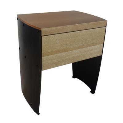 Table de chevet en chêne massif et acier