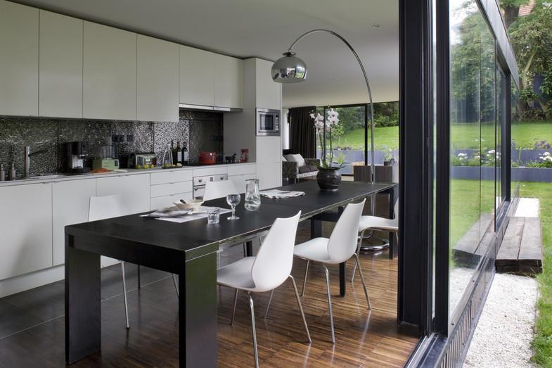 image cuisine salle manger ouverte sur le jardin colboc franzen associs