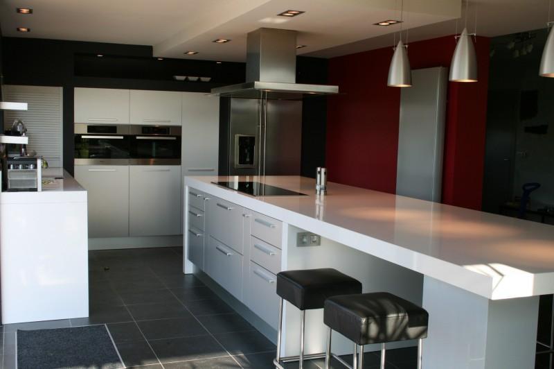 Placard cuisine moderne maison design - Placard cuisine moderne ...