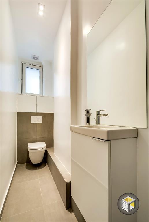Image Toilettes avec lave mains