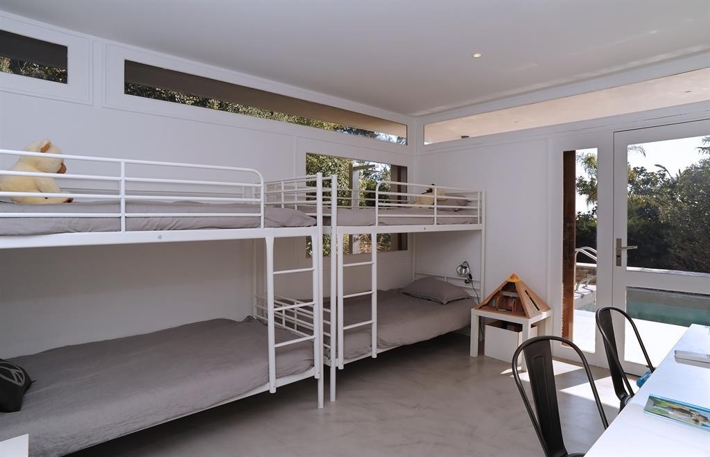 Deux Lits Superpos S Dans Une Chambre D 39 Enfant Fr D Rique Legon Pyra Architecte Dplg