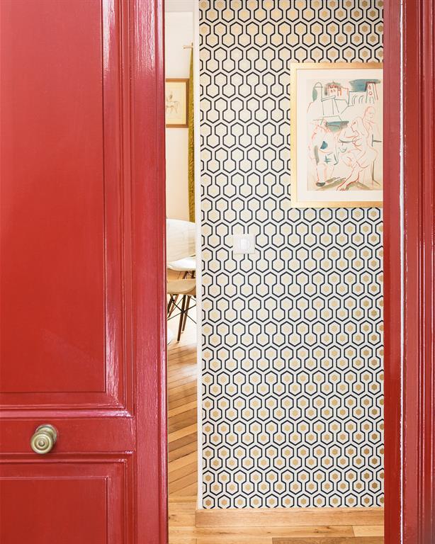Image Entrée avec porte rouge Marion Alberge Décoration