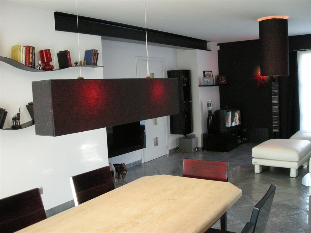 pi ce vivre c t salle manger dezin photo n 48. Black Bedroom Furniture Sets. Home Design Ideas