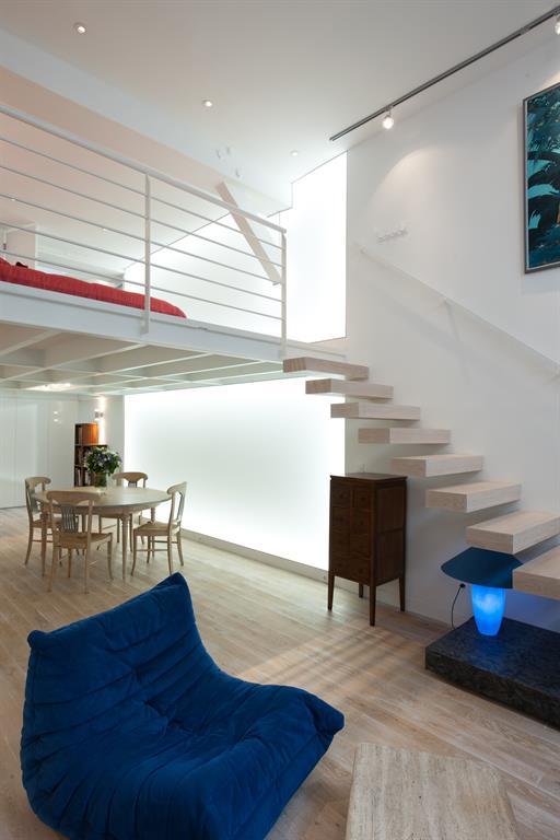 avant apr s r novation d un loft parisien de 110m2 par agn s vermod. Black Bedroom Furniture Sets. Home Design Ideas