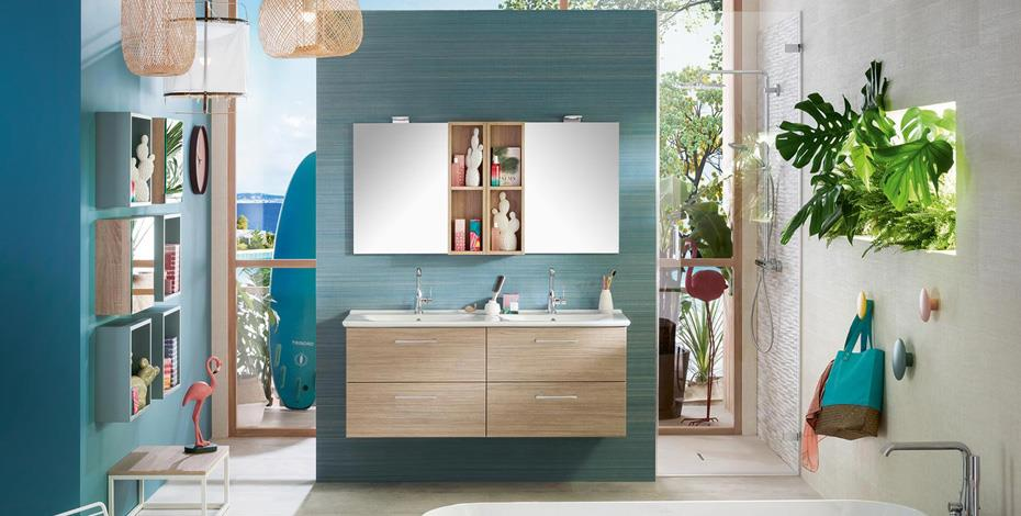 Salle de bains avec des meubles Unique Onde Espace Aubade
