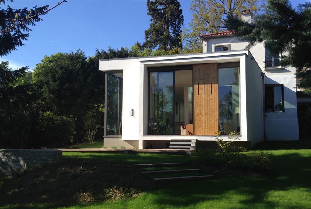 Assez Belle extension contemporaine d'une villa ancienne CU46