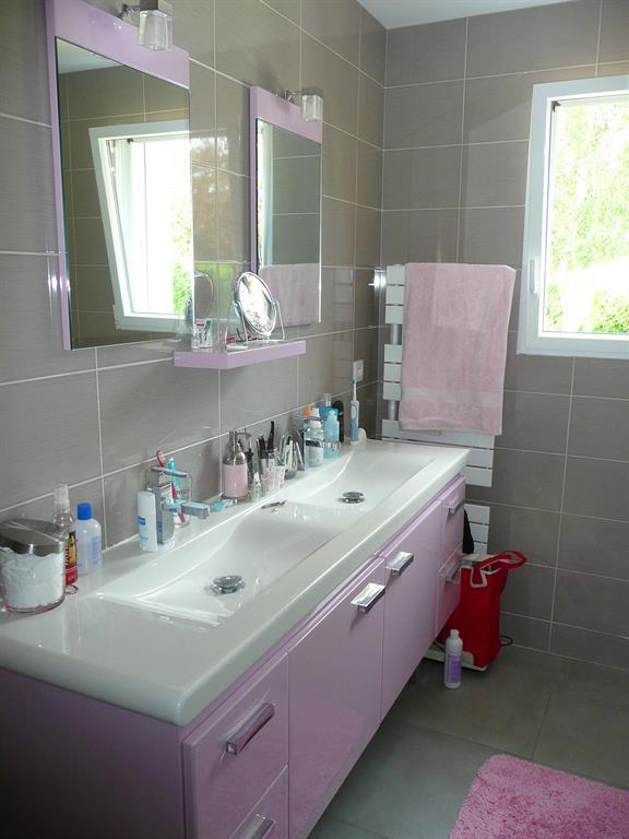 Meuble double avec plan vasque moul en c ramique styles for Plan salle de bain moderne