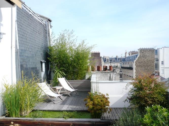Terrasses de r ve en ville par emmanuelle lartilleux for Appartement sur les toits paris