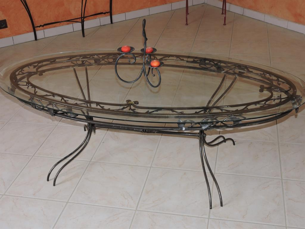 table table basse coin de canap en fer forg ou ferronnerie. Black Bedroom Furniture Sets. Home Design Ideas