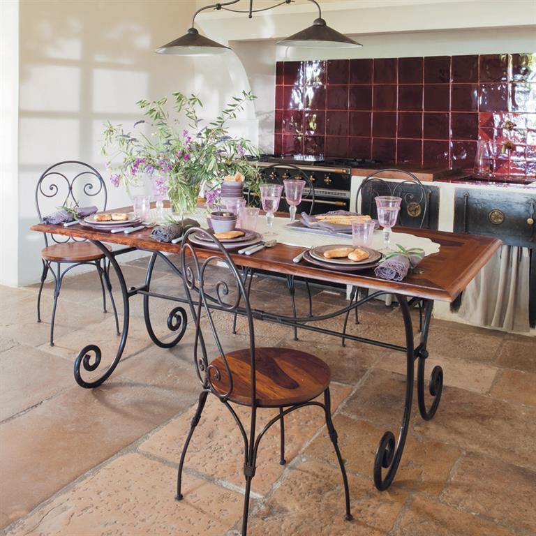 chaise cur en sheesham massif et fer forg luberon. Black Bedroom Furniture Sets. Home Design Ideas