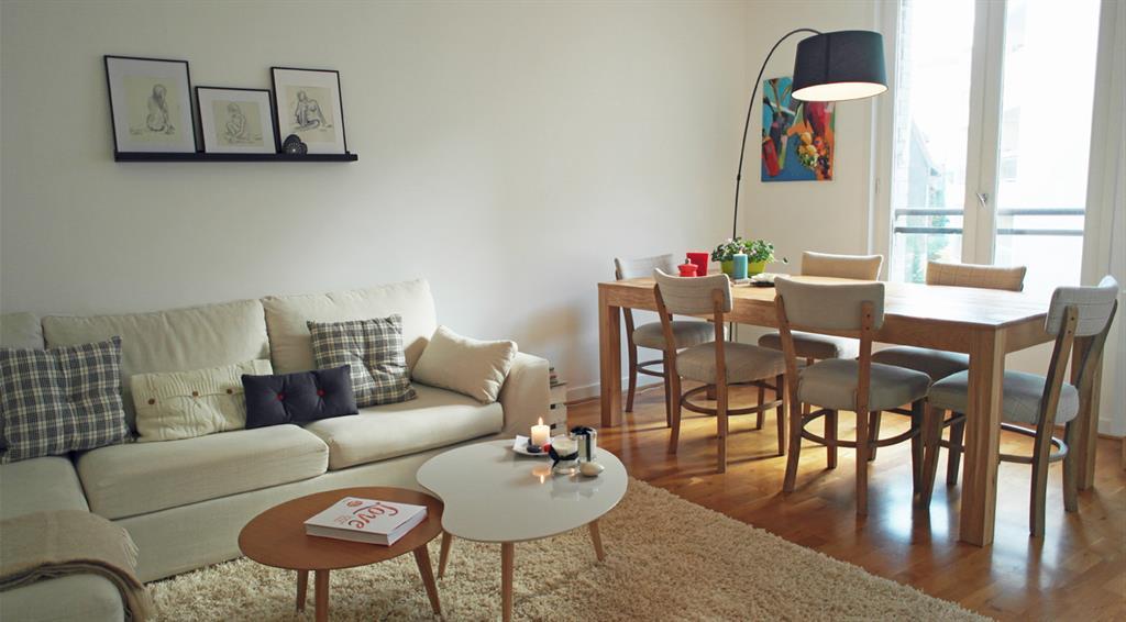 Salon avec canapé blanc La Décorruptible photo n°34